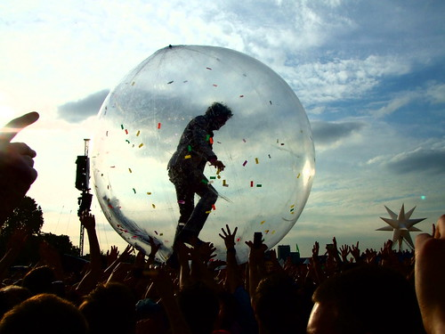 Flaming Lips – Wayne Coyne in the Zorb III