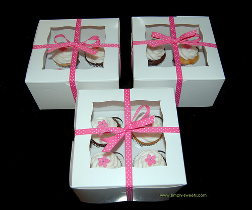 Box of 4 cupcakes Thank you gifts