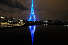 Tour Eiffel (cubn6) Tags: world blue paris france rooftop water night digital nikon eiffeltower tokina relection d300 fullheart digitalworld golddragon diamondclassphotographer flickrdiamond theperfectphotographer seenonflickr overtheshot nikonflickraward flickrsmasterpieces dopplr:explore=ik41