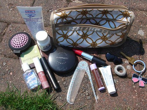 What's in my (makeup) bag?