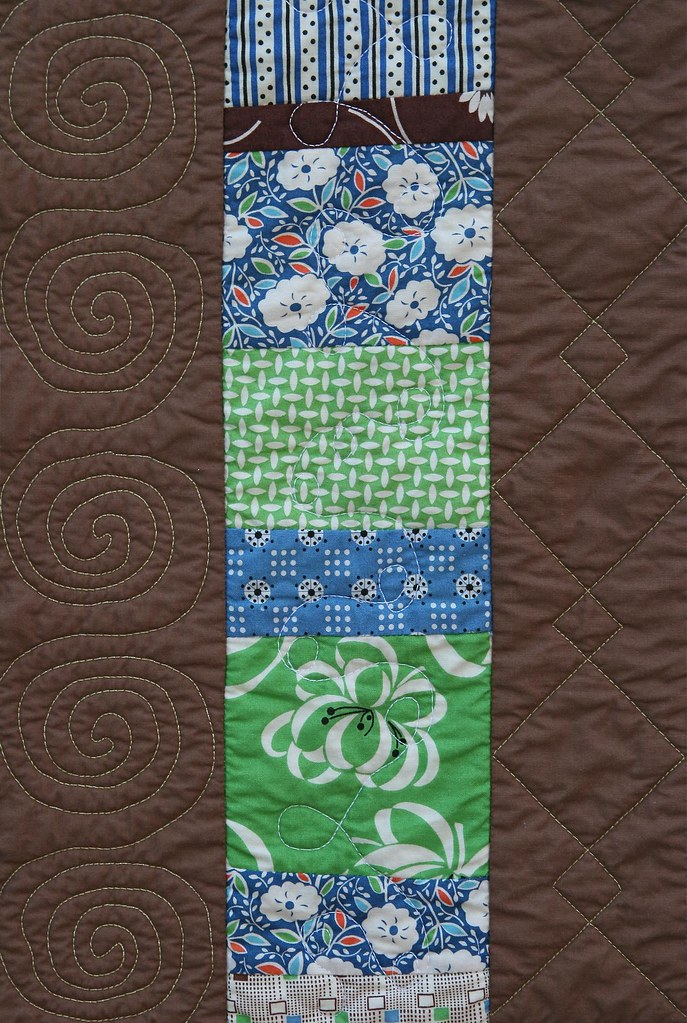 Quilt #4 -- Stacked Coins, front detail