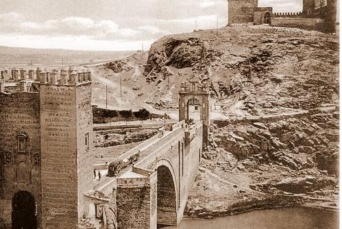 Puente de Alcántara (Toledo) a principios del siglo XX