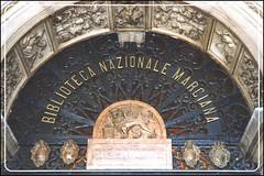 Biblioteca Marciana - La porta