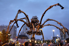 La Princesse, Salthouse Quay, Albert Dock complex, Liverpool, UK (Ministry) Tags: park street uk west liverpool giant one la spider dock mechanical legs theatre albert crowd quay albertdock salthouse princesse hydraulic lamachine lesmecaniquessavants