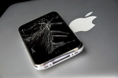 Shattered iPhone (ijustine) Tags: sad justineezarik ijustine brokeniphone macbookair shatterediphone