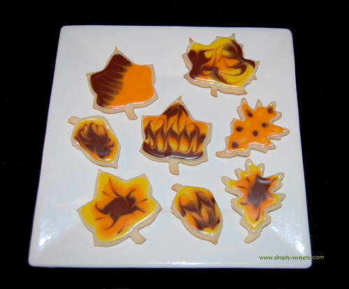Fall leaves glace sugar cookies