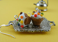 Cream Cheese Frosting Cupcake Earrings (Shay Aaron) Tags: food cake breakfast dessert miniature cupcakes rainbow colorful handmade chocolate aaron fake mini jewelry polymerclay fimo sprinkles tiny snack pastry faux shay treat earrings colourful muffin brownies jewel petit sterlingsilver                  shayaaron  wearablefood