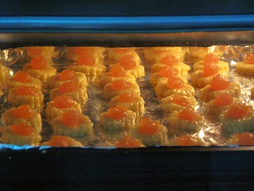 IMG_2442 Pineapple Tarts in the oven