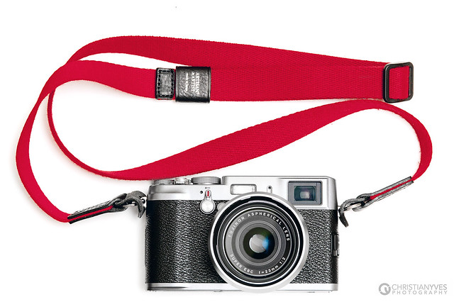 Fujifilm Finepix X100 + Artisan and Artist Strap = Love