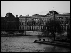 ([Contro]Luce) Tags: people paris art architecture landscape poetry h2o ponte bianconero città riflesso viaggimiraggi frairami