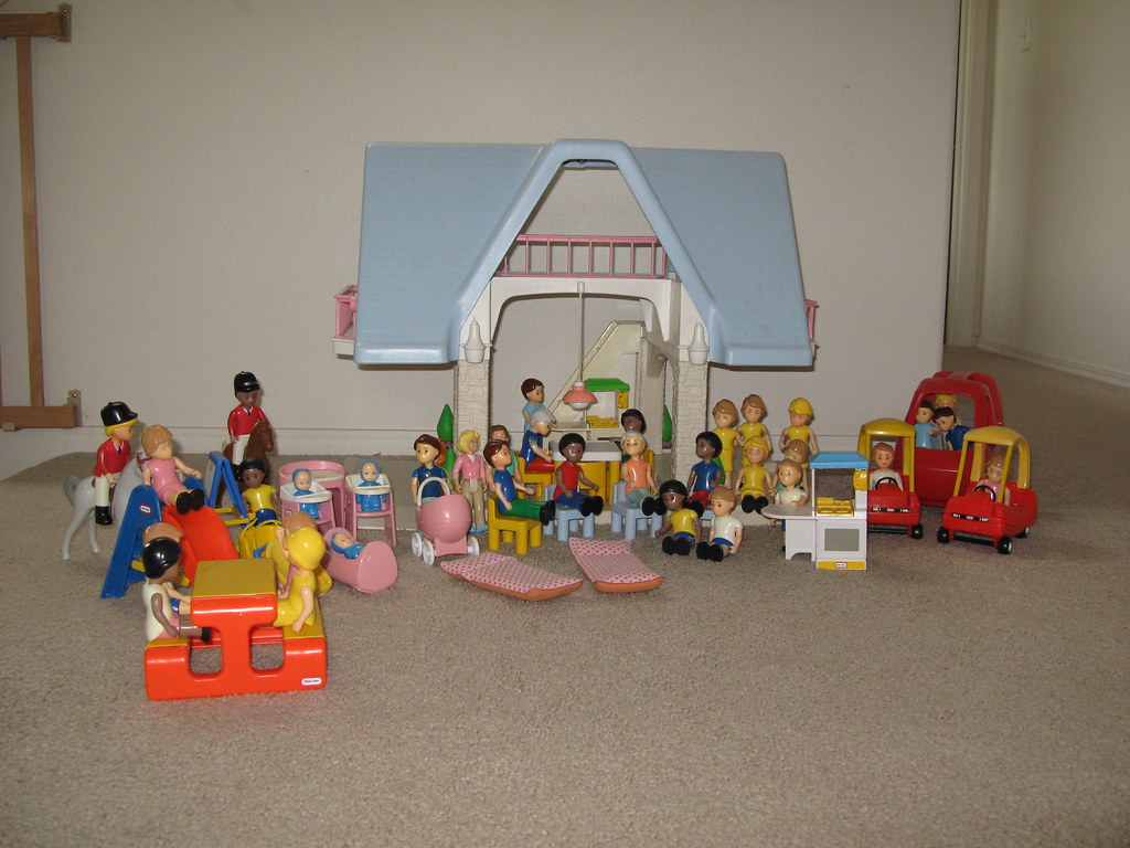 Little Tikes (Tykes) doll house, furniture, people, and horses