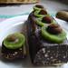 Kuko el cokolado kaj kivoj Emma Goldman / Pastel de chocolate y kiwis Emma Goldman