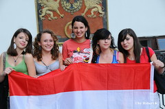 EURO 2008-2205 (PIXXELGAMES - Robert Krenker) Tags: vienna girls party smile smiling fun football emotion braces expression flag soccer europameisterschaft teens wiede match impressions pigtails nikkor emotions 18200 uefa girlies spiel d300 kibic nikkorlens fusball czerwony austrianflag euro2008 teenies pikanona fanmeile fanzone em2008 rubyyyk nikond300 em2008vienna croatiaaustria