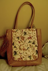 Vintage Floral (Beccapixels) Tags: brown floral leather fabric purse thriftstore find 250 tassel niftythrift collectionsforcollectorscfc