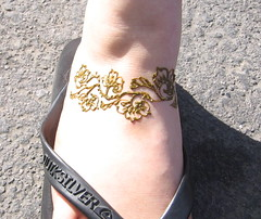 floral anklet (henna.by.sienna) Tags: feet henna mehendi bodyart mehndi heena hinna khinna hennabysienna
