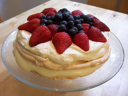 Fresh fruit and cream meringue pavlova |