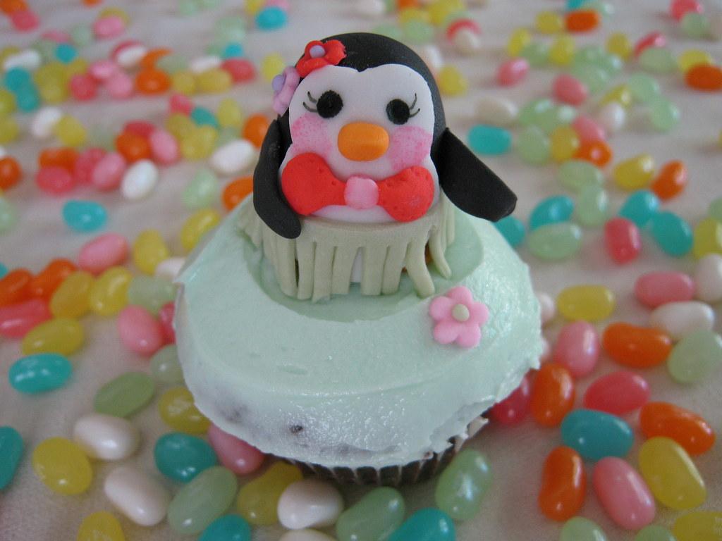 Hula Penguin