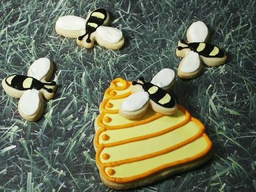 Bees & Beehive Cookie