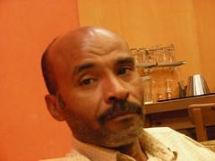 Hit man = Mafia man (q8500e) Tags: girls red man black hot adam race mercedes benz hit women asia taxi mini sl chevy 600 topless bmw kuwait 500 tuk cl mafia amg brabus w140 cl500 e190 q8i q8500e