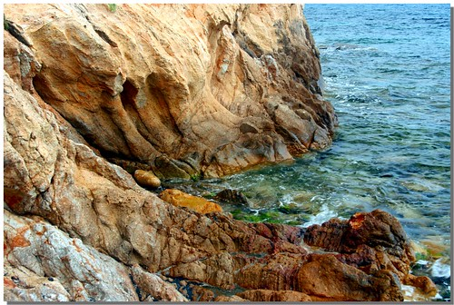 """Scoglio • <a style=""""font-size:0.8em;"""" href=""""http://www.flickr.com/photos/49106436@N00/2670453477/"""" target=""""_blank"""">View on Flickr</a>"""