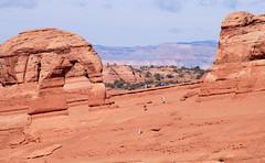 .20061019_5178...Delicate Arch, blending in (listorama) Tags: park terrain landscape utah sandstone arch desert arches erosion moab geology archesnationalpark delicatearch geomorphology weathering topography landform ut2006oct