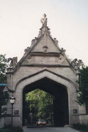 University of Chicago: Hull Court Gate
