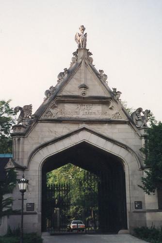 University of Chicago: Hull Court Gate