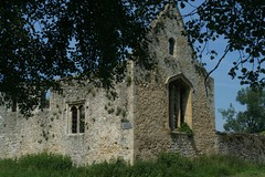 2008-06-09-073 Oxfordshire Godstow Nunnery Ruins (Martin-James) Tags: ruins historic oxford 500views riverthames middleages soe oxfordshire riverview nunnery godstow thamesview wolvercote godstownunnery abigfave platinumphoto anawesomeshot thatsclassy onephotoweeklycontest goldstaraward anticando fairrosamund damniwishidtakenthat awardtree solofotos rosamundclifford thamesideview