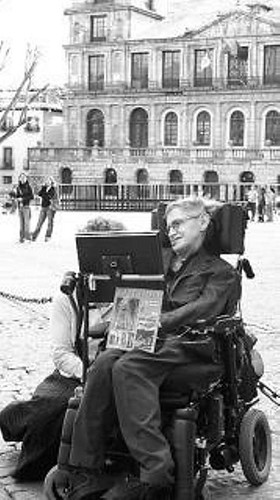 Stephen Hawking en Toledo. 14-4-05. Hemeroteca diario ABC.