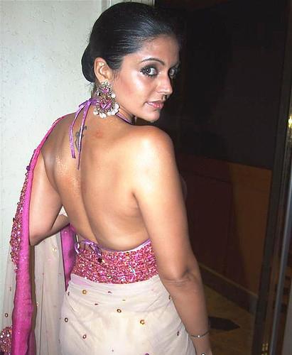 Mandira Bedi in sari