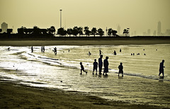 I Silhouette Them (Fahad Al Nusf) Tags: city people sun beach me weather silhouette digital marina swim mall fun nikon asia gulf background bad middleeast ku arab ppl them kuwait fahad badweather marinamall kw arabiangulf salmiya q8 70200mm essam kwt alnusif d80 nikon70200mm nikond80 fenyn fahadalnusf alnusf nusef nusif alnusef fahadessamalnusf essamalnusf alnisef alnisf nisf nisef