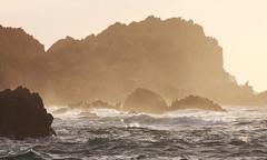 Rumore mediterraneo (LEO) Tags: sardegna sea panorama tourism landscape island italia mare waves sardinia blu azzurro onde isola scogli gallura leox mareggiata canoneos40d leonardodamico