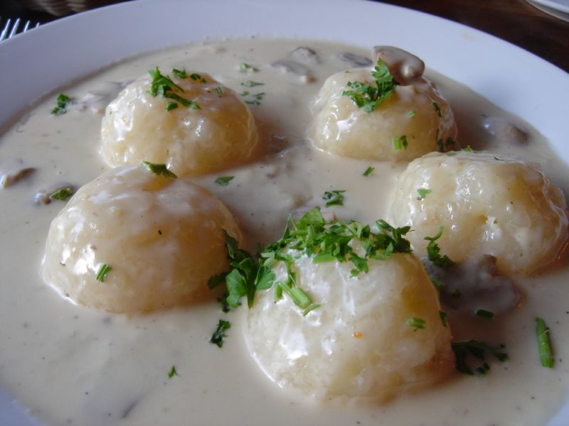 Potato dumplings with mushroom sauce