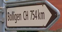 Wegweiser nach Bolligen (roman.scheiwiller) Tags: prag donau moldau