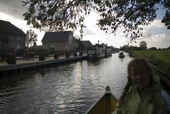 20081022_2282 72 dpi (Dick Aalders) Tags: giethoorn varen fluisterboot herfstvakantie
