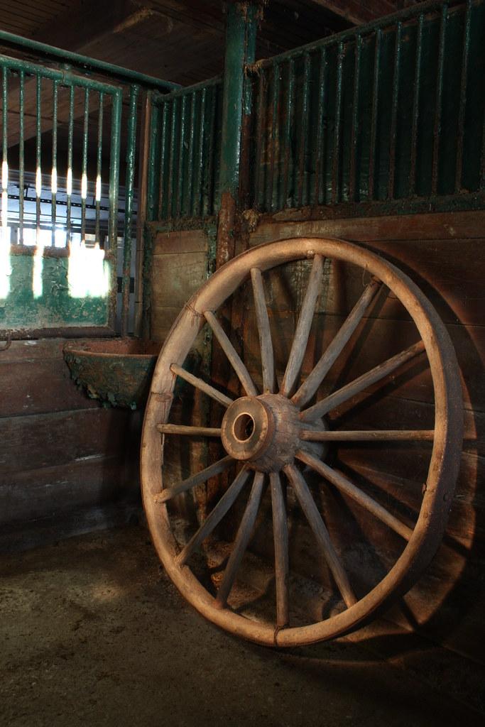 flashlit wagonwheel