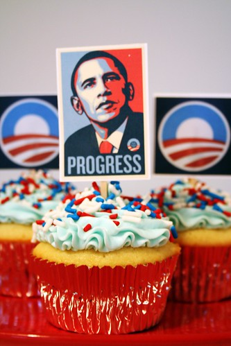 Obama cupcakes by freakgirl via flickr.com