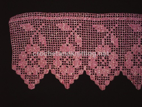 Crocheted Lace edging 2