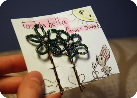 Beaded flower hair pins *