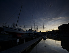 Twilight at Newport Quay (s0ulsurfing) Tags: blue light sunset shadow sky c