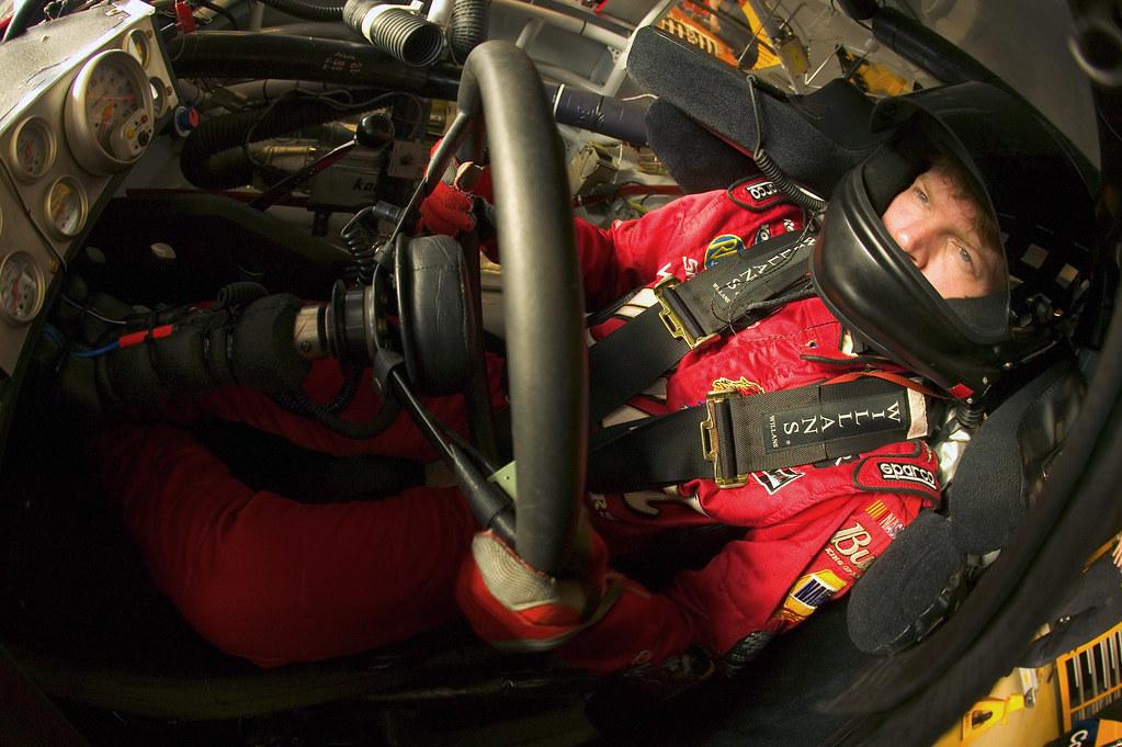 NASCAR Nextel Cup Bass Pro Shops MBNA 500 Dale Earnhardt, Jr.