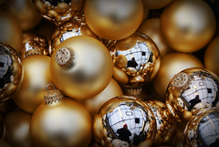 Golden Baubles (robertmccornet) Tags: christmas uk party distortion reflection festive gold shiny frost december decoration orb ornaments sphere 2008 bauble metalic frosted treedecoration grosvenor sphear goldenballs robertmccornet grosvenorgardencentre