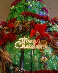 ペットボトルのクリスマスツリーのイルミM!