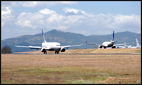 Aviones en el Santamaría