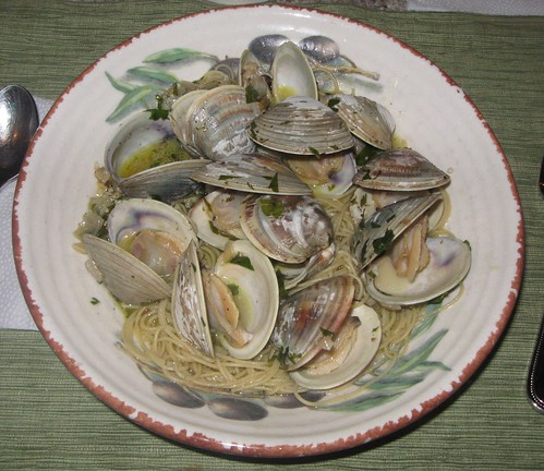 Lidia Kitchen Linguine With White Clam Sauce