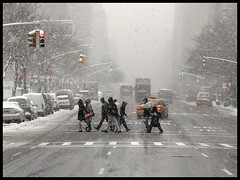 Natural Pointillism (NyToul) Tags: street new york winter people snow newyork storm manhattan snowstorm commute fv10 2ndavenue gens winterstorm secondavenue newyorksnowstorm newyorkwinterstorm concoursnikon