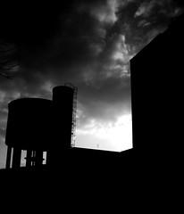 Cosa pensi dinanzi a questo .... (Poisonous_mistresS) Tags: sunset sky sun industry tramonto nuvole think cielo saronno sole incredible industria cisterna incredibile pensare wov istintoinstinct
