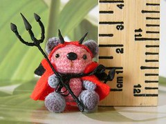 Scary (MUFFA Miniatures) Tags: cute miniature scary funny crochet devil amigurumi dollhouse littledevil muffa