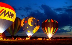 Glow Across the Sky! (p.csizmadia) Tags: ohio sky color night fire kodak wellington hotairballoon aglow balloonfest nightglow csizmadia bej kodakz812is z812is pcsizmadia