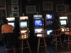 video poker players